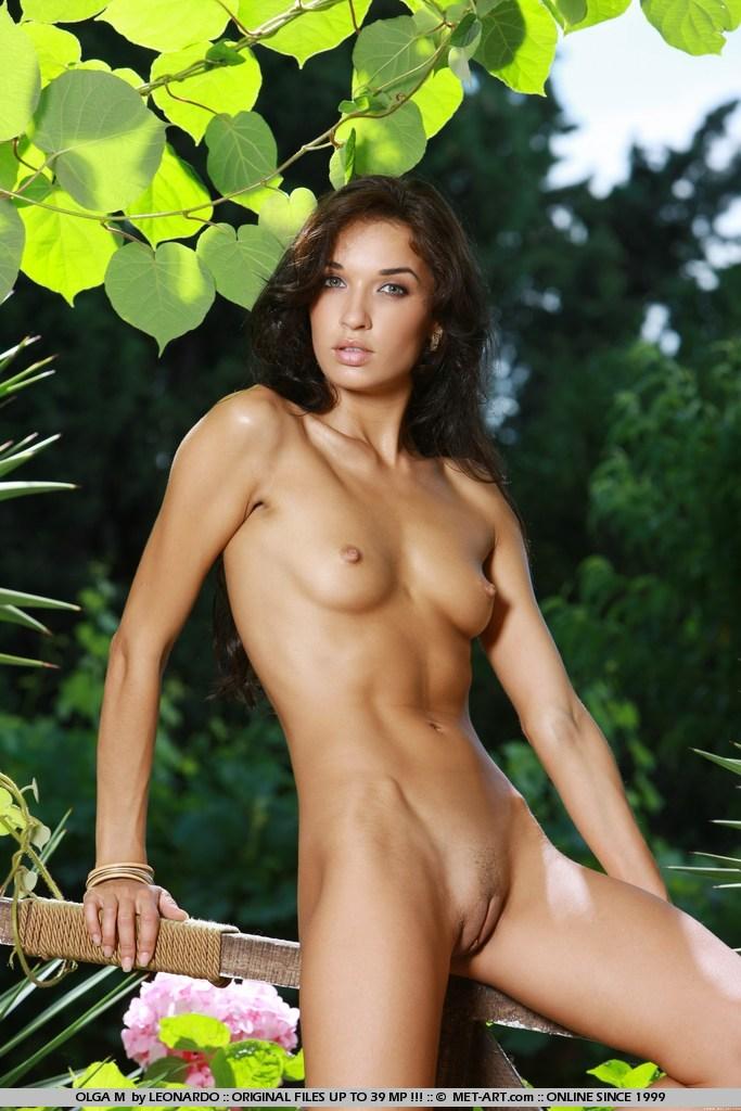 Nude body cute perfect girl